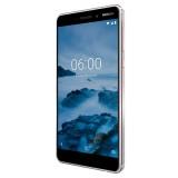 Stylový telefon Nokia 6.1